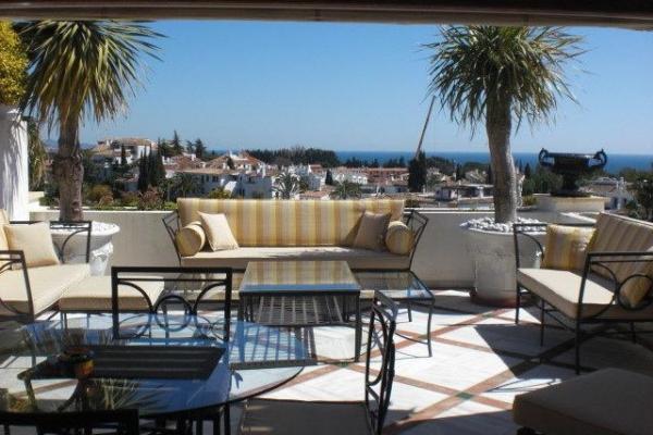 Sold: 3 Bedroom, 3 Bathroom Penthouse in Monte Paraiso, Marbella Golden Mile