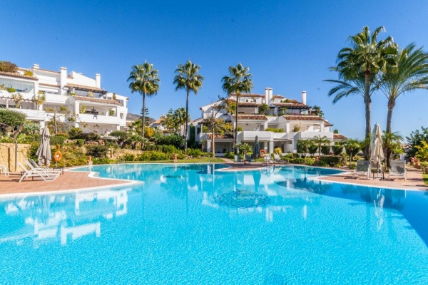 Sold: 2 Bedroom, 2 Bathroom Apartment in Monte Paraiso Golf & Country Club, Marbella Golden Mile