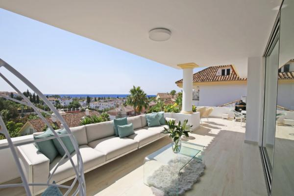 3 Bedroom3, Bathroom Townhouse For Sale in Monte Paraiso, Marbella Golden Mile
